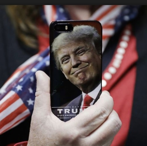 Donald Trump phone.jpg
